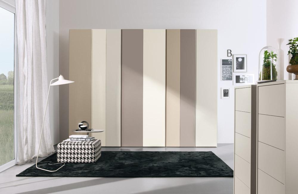 Armadi e cabine armadio arredamenti volonghi for Armadi moderni per camere da letto
