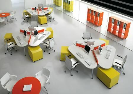 Arredamenti per uffici direzionali e operativi for Scrivanie da arredo